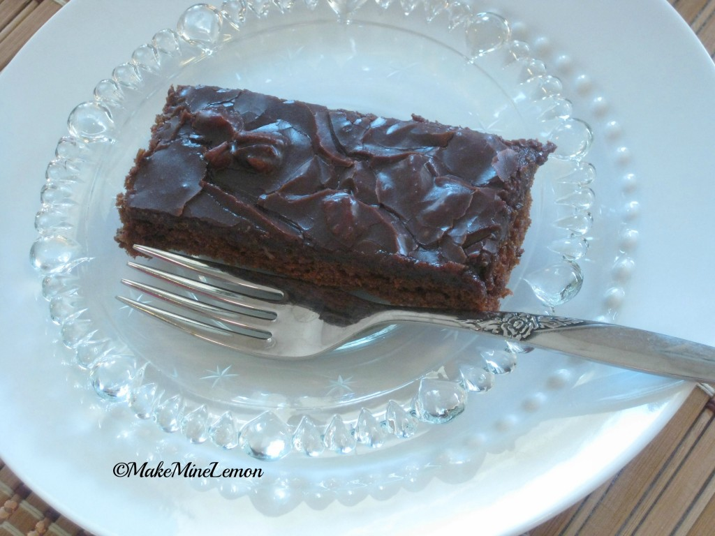 ©MakeMineLemon - Have a slice of Texas Cake